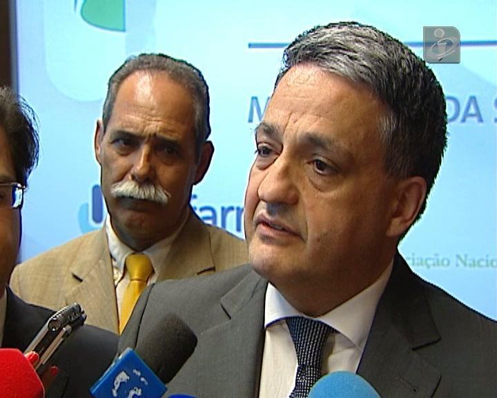 Greve dos médicos: ministro diz que não há razão válida para paralisação