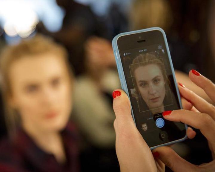 A Apple pôs à venda modelos iPhone a um custo mais baixo que o original (Reuters)