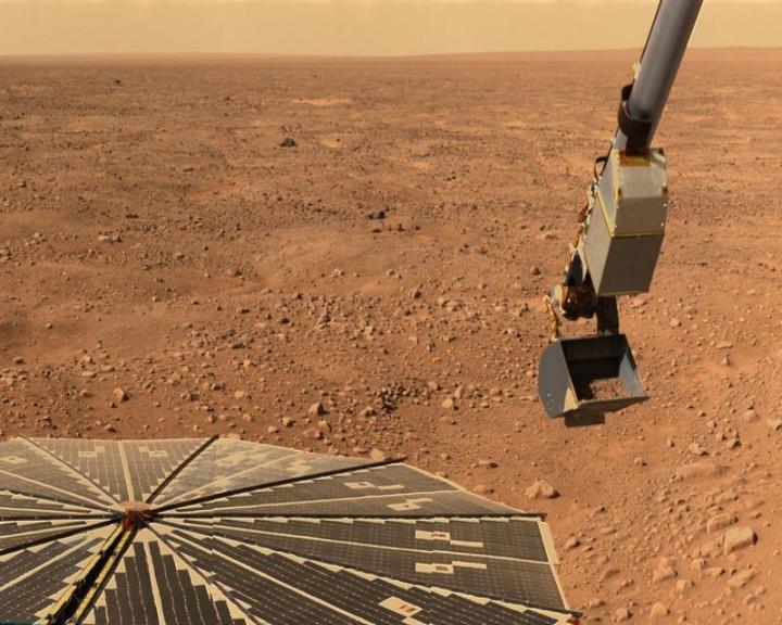 Buzz Aldrin defende que os primeiros humanos a ir para Marte devem ter uma passagem só de ida (Reuters)