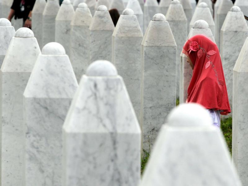 Hoje faz 19 anos que aconteceu o massacre de Srebrenica, na Bósnia (Lusa)