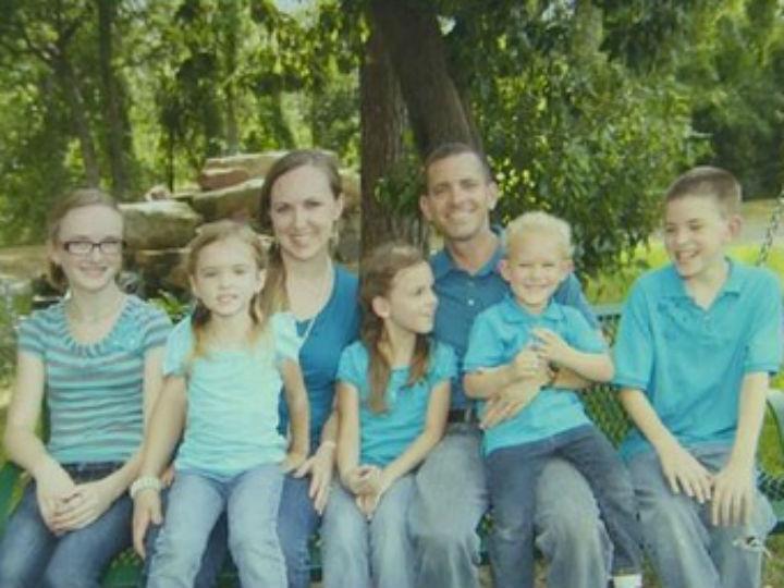 Família morta a tiro (TWITTER)