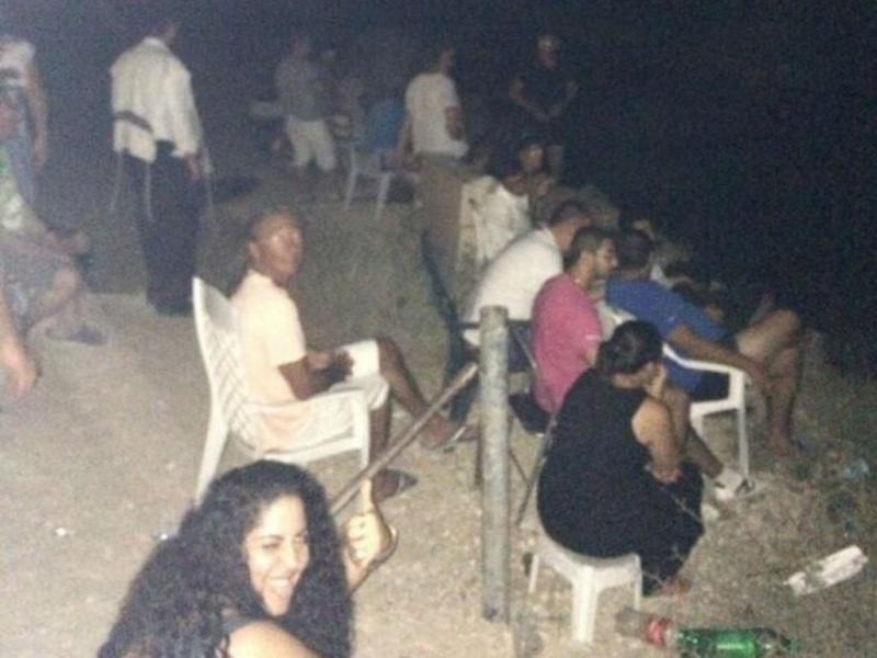Israelitas observam bombardeamentos em Gaza (Reprodução Twitter)