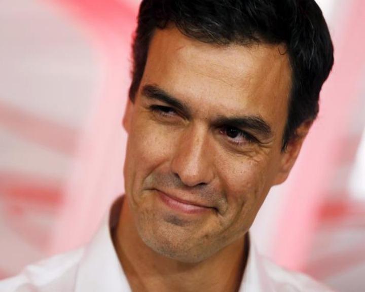 A ordem de Pedro Sánchez para o voto contra Junker rompeu com a disciplina de voto do Grupo Socialista Europeu (Reuters)