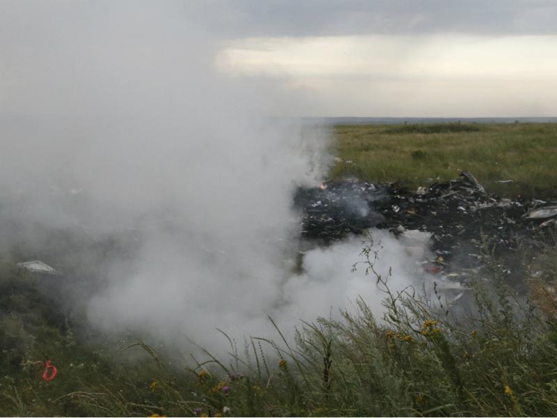 Avião malaio despenha-se na Ucrânia (Reuters)