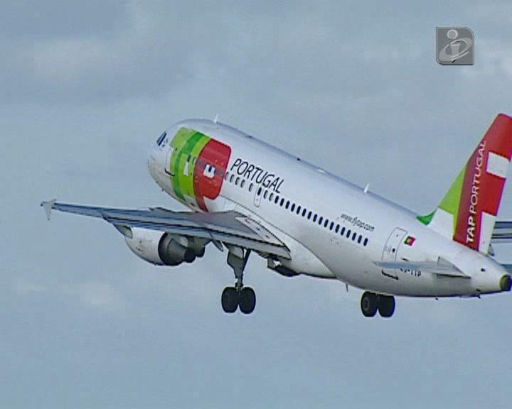 TAP espera o cancelamento de 7 voos por dia em julho