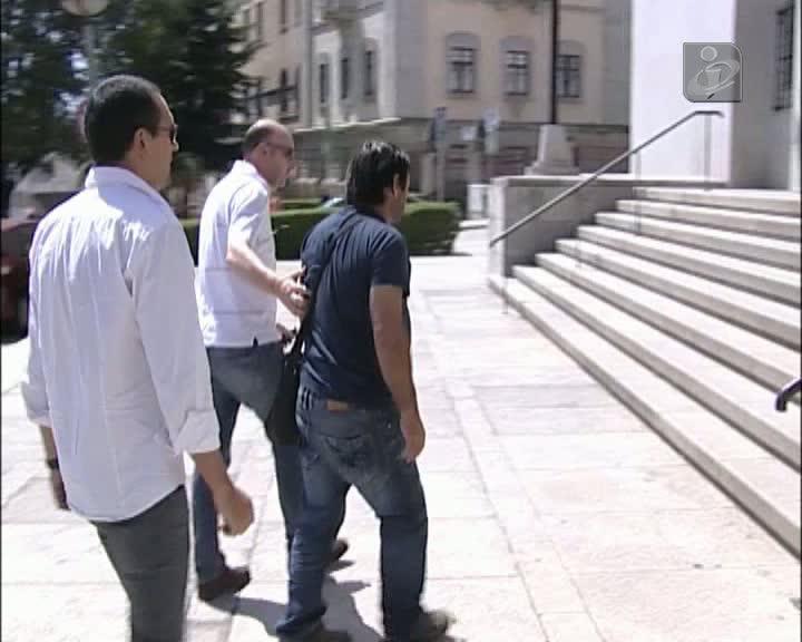 Prisão preventiva para suspeito de matar mulher à machadada
