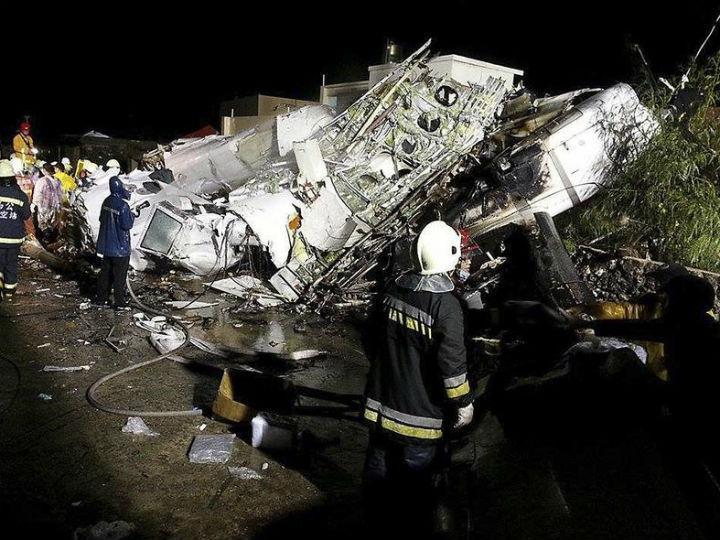 Avião cai em Taiwan [Reuters]