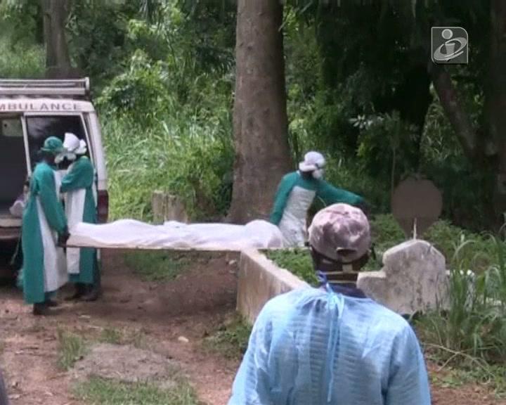 Ébola descontrolado na Serra Leoa