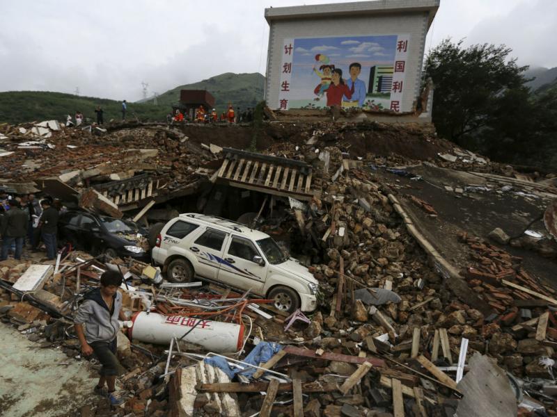 Terramoto na China provoca centenas de mortos (REUTERS)