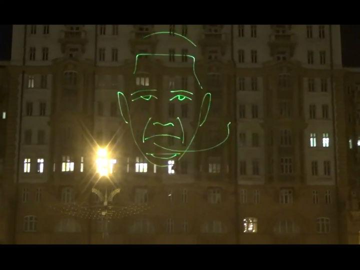 Russos chamam «macaco» a Obama no dia do seu aniversário