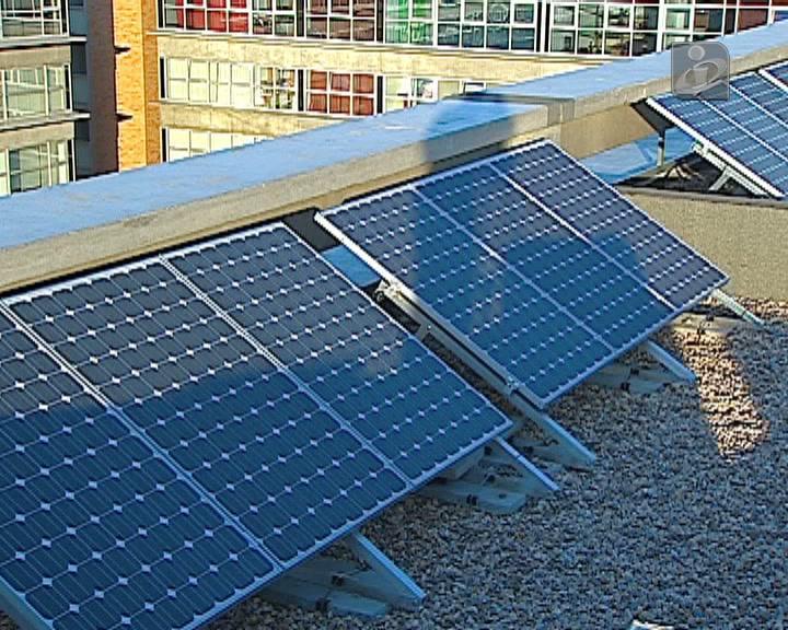 Eletricidade: consumidores vão poder produzir energia apenas para os seus gastos