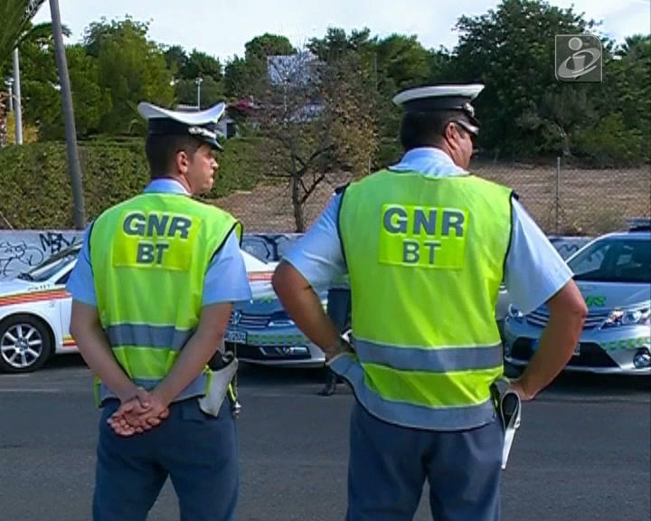 Atenção ao uso do capacete, velocidade, álcool e manobras perigosas!