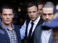 Pistorius: juíza exclui homicídio premeditado (Reuters)