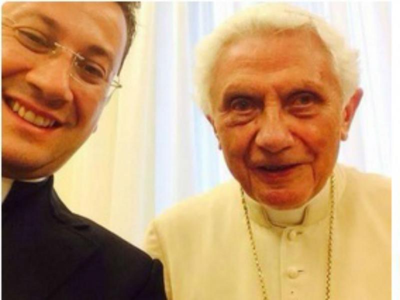 Bento XVI aderiu às selfies