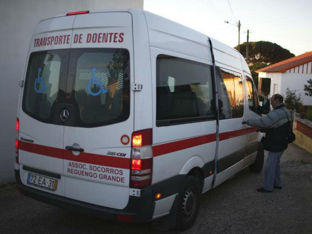 Ambulância [Foto: Reuters]