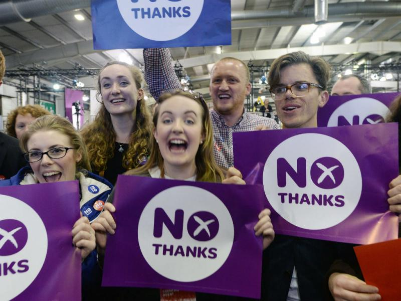 Escócia diz «não» à independência (EPA/ANDY RAIN)