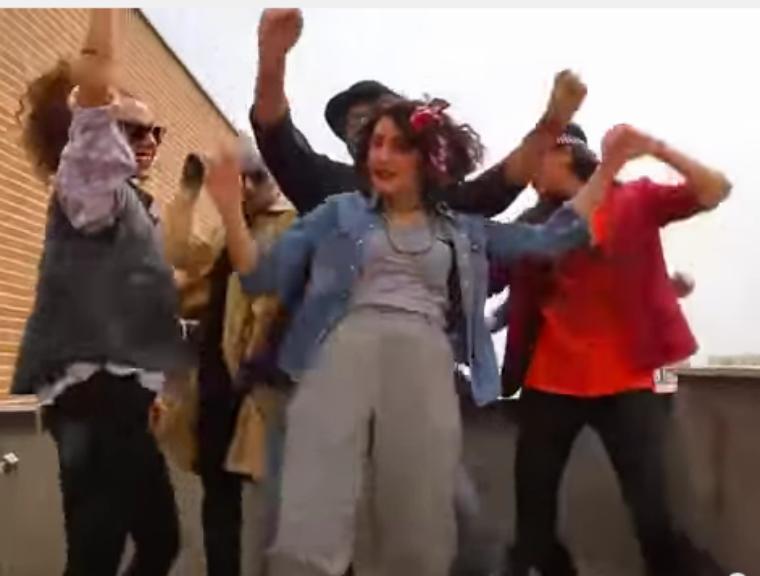 Iranianos gravam «Happy» e são condenados a 91 chicotadas [Foto: Reprodução/YouTube]