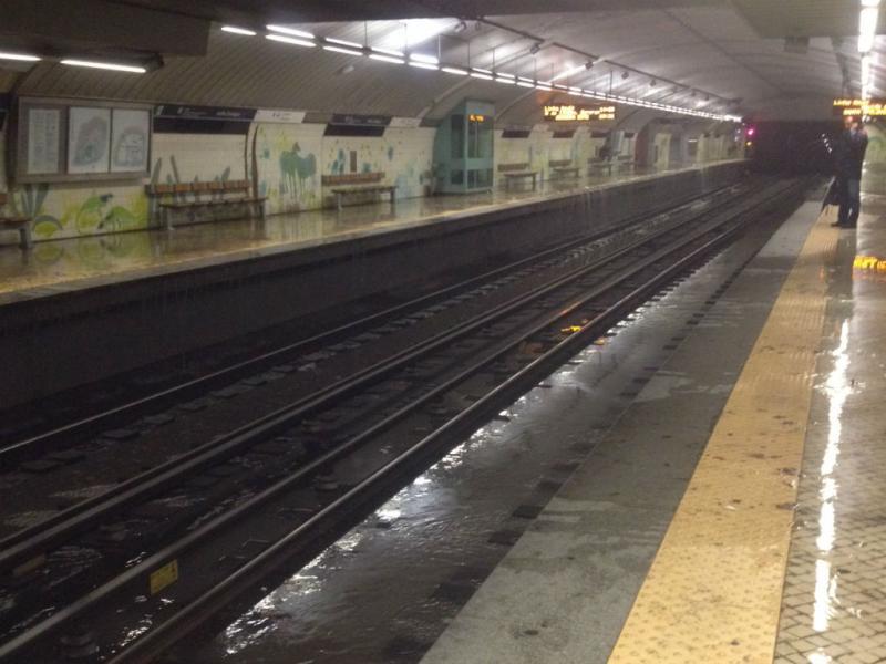 Mau tempo em Lisboa - Metro de Sete Rios [Foto: Sofia Agostinho / euvi@tvi.pt]
