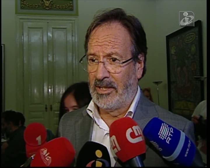 Alberto Martins deixa presidência do Grupo Parlamentar