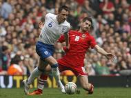 John Terry e Ched Evans (Reuters/Stefan Wermuth)