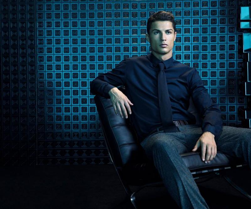 Cristiano Ronaldo ficha por Sacoor Brothers
