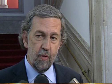 Júdice lamenta decisão do Governo