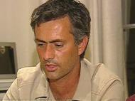Mourinho abre o livro...