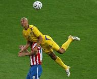 Suécia-Paraguai: Larsson salta com Acuña