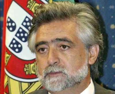 Luís Amado, ministro dos Negócios Estrangeiros - Foto Lusa