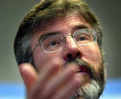 Gerry Adams, presidente do Sinn Fein, o braço político do IRA