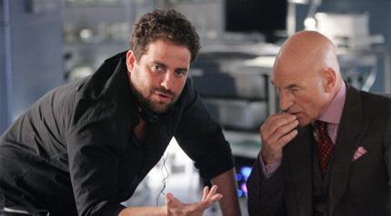 Brett Ratner fala com Patrick Stewart nas filmagens de X-Men 3