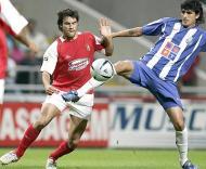 Lucho Gonzalez em acção
