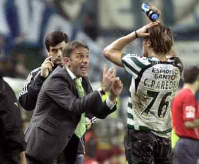 Paulo Bento e Paredes frente ao F.C. Porto