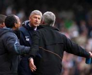 Arsène Wenger pega-se com Pardew, West Ham vs Arsenal