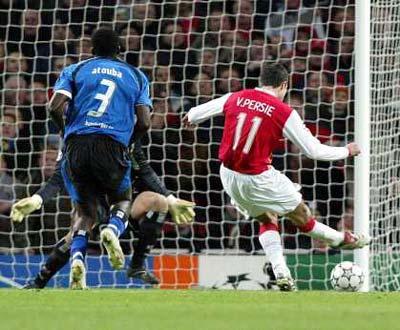 Arsenal vs Hamburgo (EPA/GERRY PENNY)