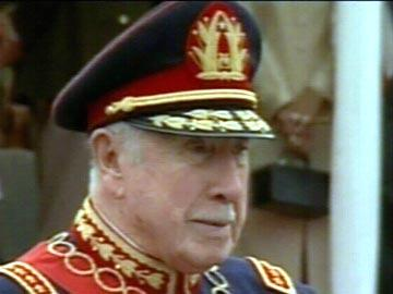 Pinochet morre aos 91 anos