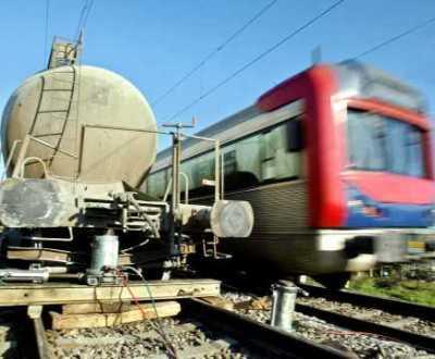 Vagão descarrilou e cortou circulação na linha do Norte (Foto Lusa/Paulo Novais)