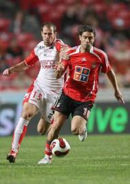 Benfica-U. Leiria: Rui Costa de volta ao «onze» (Foto LUSA)