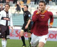 Itália: futebol sim, mas adeptos à distância (Roma)
