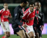 PSG-Benfica: João Coimbra «apertado» (Foto EPA)