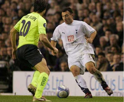 Taça UEFA: Luis Filipe com Malbranque (EPA)