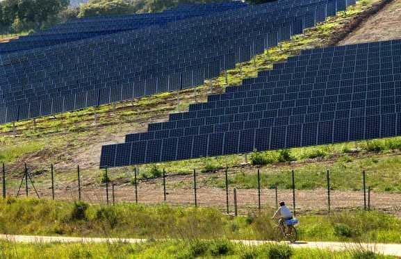 Central solar no Alentejo (NUNO VEIGA / LUSA)