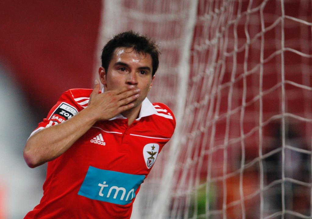 Saviola no Benfica (foto Reuters)