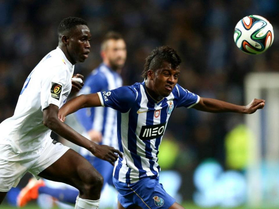 FC Porto: Kelvin de fora na Taça, entra Mikel