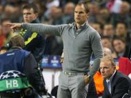 Bergkamp adjunto de Frank de Boer