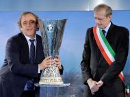Troféu da Liga Europa já está em Turim