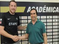 Thiago Santos (Schumacher) assinou pela Académica