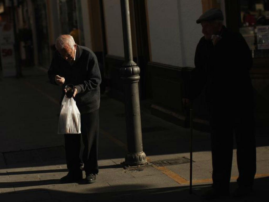 Idosos [Foto: Reuters]