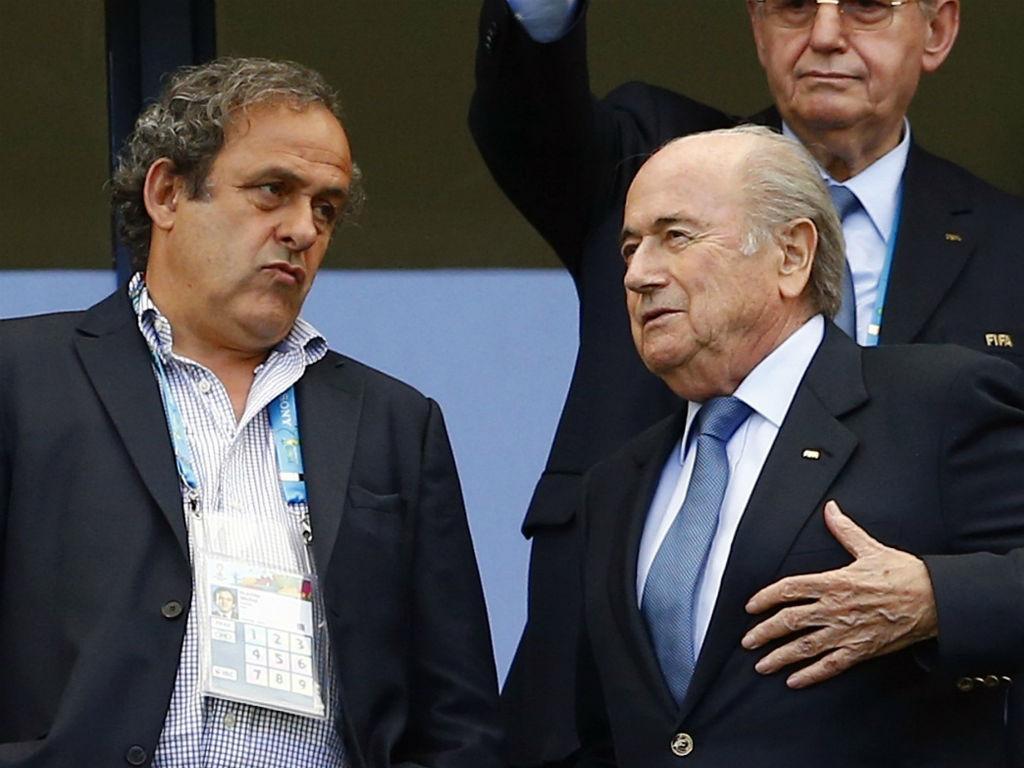 Michel Platini e Sepp Blatter (Reuters)
