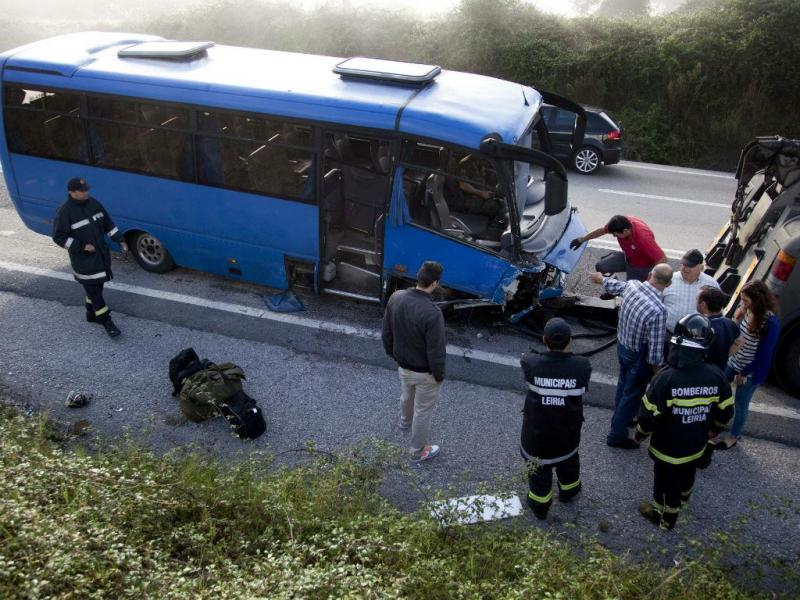 IC2: seis feridos em acidente com militares (Lusa)